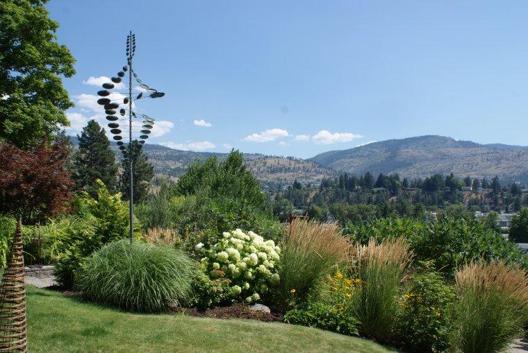 penticton-backyard-2